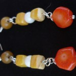 Orecchini_giallo_marrone_bianco_arancione_3