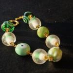 Braccialetto lampwork verde oro 2