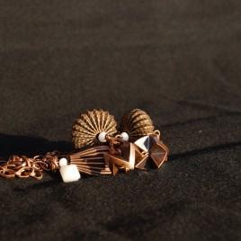 Collana bronzo sfere metallo 4