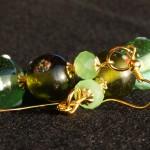 Orecchini lampwork verdi oro 2