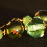 Orecchini lampwork verdi oro 3