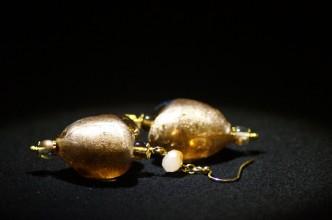 Orecchini cuore marrone oro 3